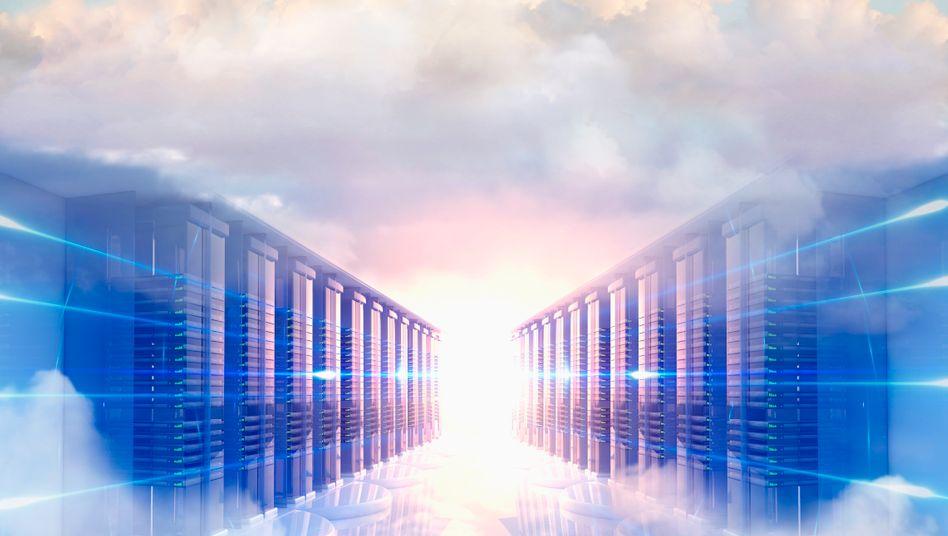 Der Weg in die Cloud: Potentiellen Kunden von entsprechenden Diensten erscheint er auch im übertragenen Sinne wolkig und ist daher von Misstrauen begleitet