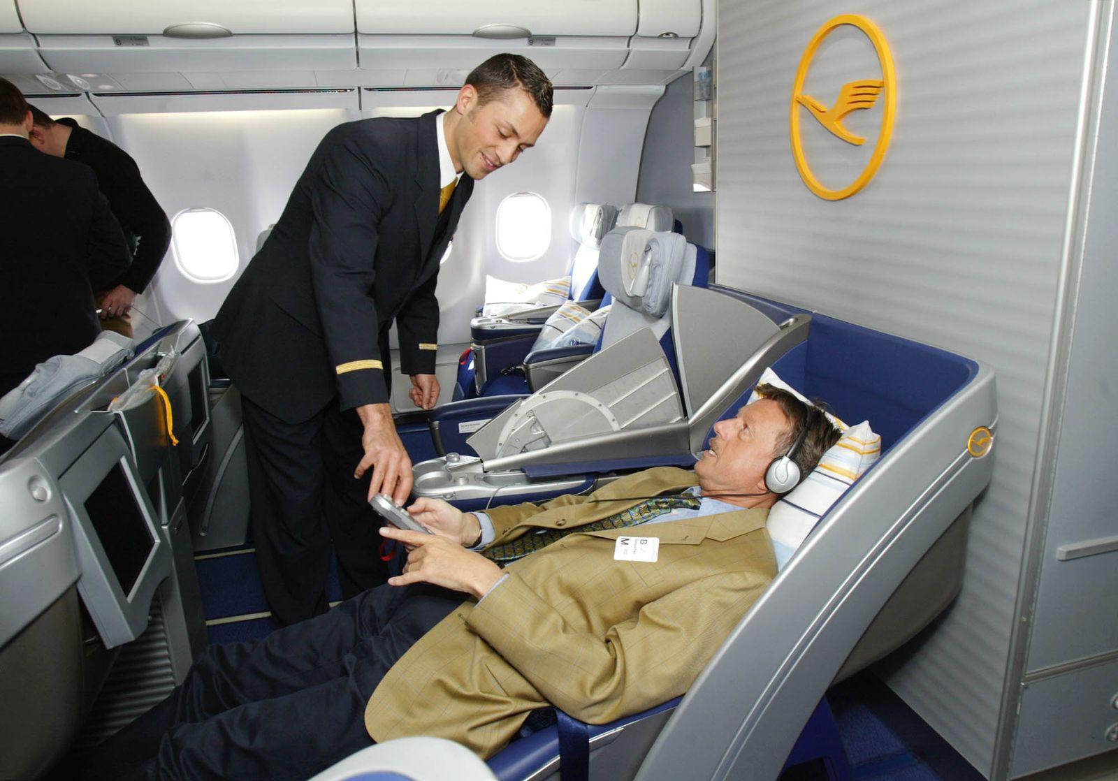 Lufthansa / Business-Class / Schlafsitz