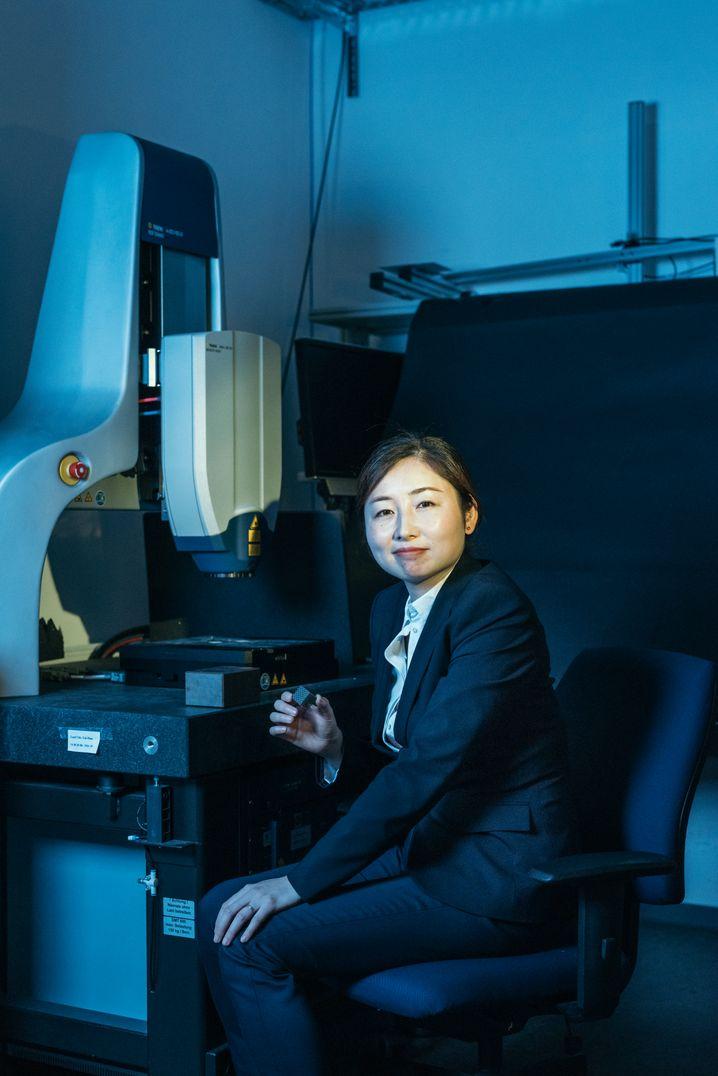 Xiaoying Zhuang forscht an Nano-Energieumwandlern und -speichern