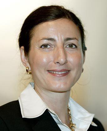 Milagros Caina-Lindemann (42): Beim Verkehrstechnikkonzern Vossloh arbeitete sich die gebürtige Spanierin von der Auszubildenden bis zum Personalvorstand für 4500 Mitarbeiter hoch.