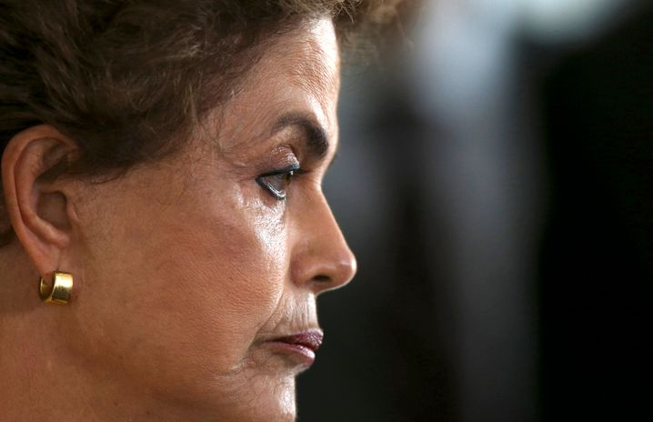 Dilma Rousseff : In Brasilien massiv in die Kritik geraten