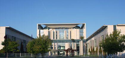 Verhandlungen in Berlin: Steuersenkungen im hohen Umfang möglich