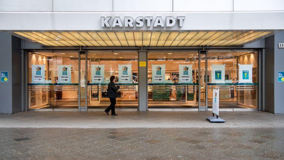 Karstadt-Kaufhaus in Berlin: Von 172 Warenhäusern in Deutschland bleiben nur noch 110 übrig
