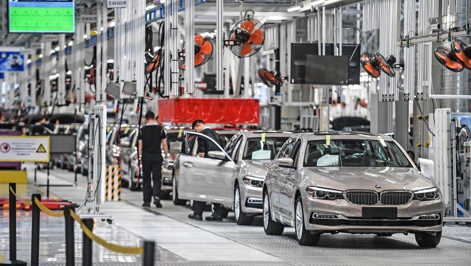 BMW-Produktion in Peking: In China hat der Autobauer im ersten Quartal rund 230.000 Autos verkauft - das ist fast so viel wie in ganz Europa