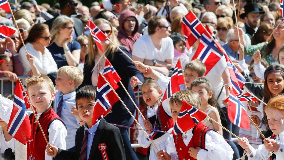 Feierstimmung in Oslo (Archivaufnahme vom Nationalfeiertag 2016)