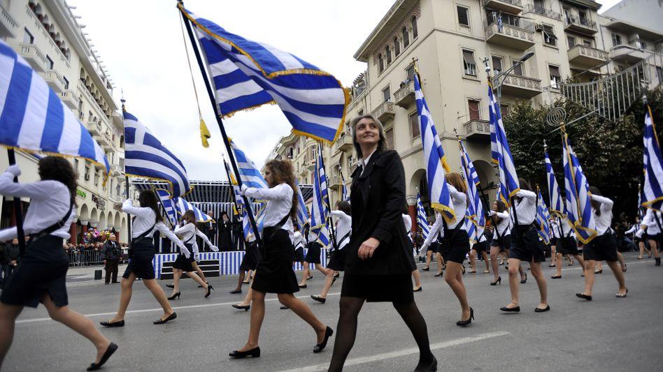 Proteste gegen den Sparkurs: Im April sollen die Griechen ein neues Parlament wählen