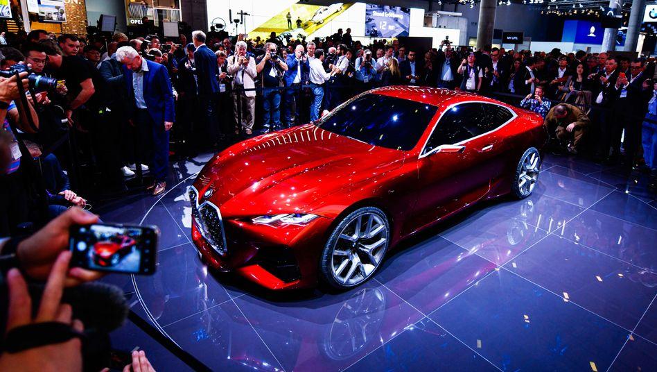 BMW-Präsentation auf der IAA 2019 in Frankfurt: Braucht die Autoshow einen neuen Standort?
