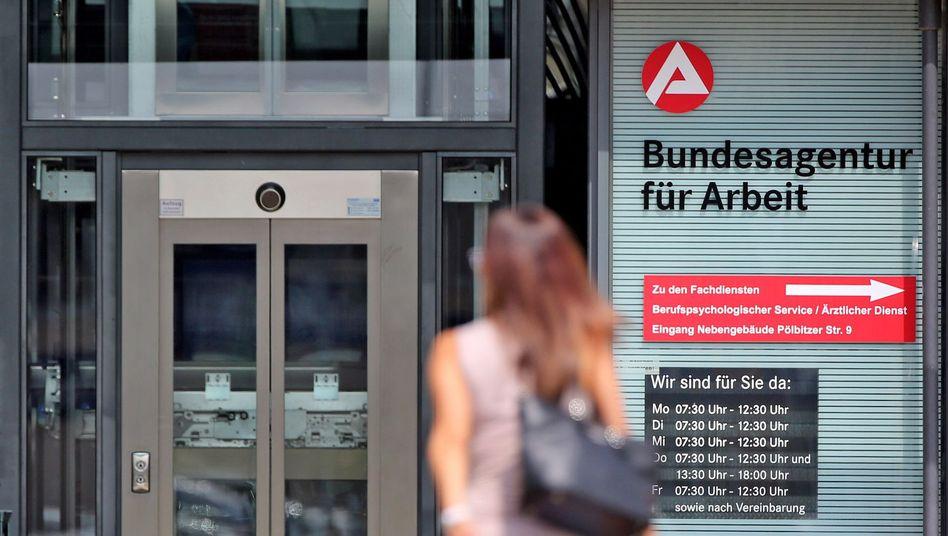 Bundesagentur für Arbeit: Arbeitslosenquote sinkt auf 5,5 Prozent