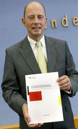 Zieht Konsequenzen: Verkehrsminister Tiefensee