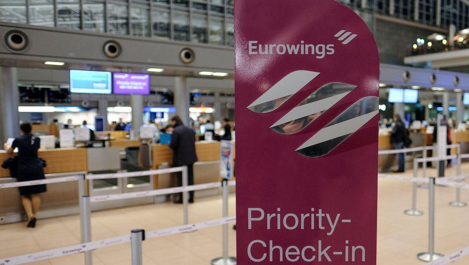 Flughafen Hamburg: Zahlreiche Flüge der Gesellschaft Eurowings fallen hier ebenso aus wie in Düsseldorf. Am Mittwoch streiken dann auch die Lufthansa-Piloten
