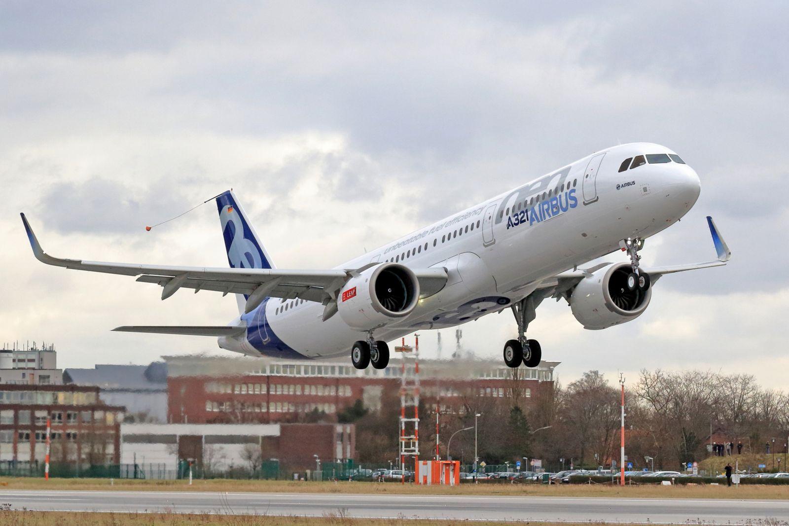 Airbus A321neo absolviert Erstflug
