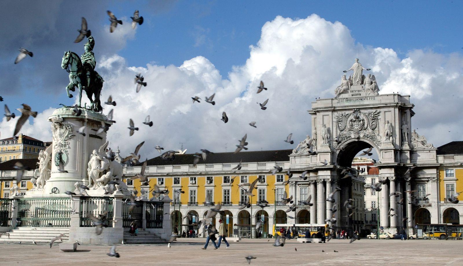 Portigal / Lissabon / Terreiro do Paco / Skyline