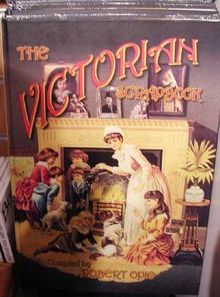 """""""Victorian Srapbook"""": Robert Opies Buch über die viktorianische Ära, im Jahr 2000 erschienen"""