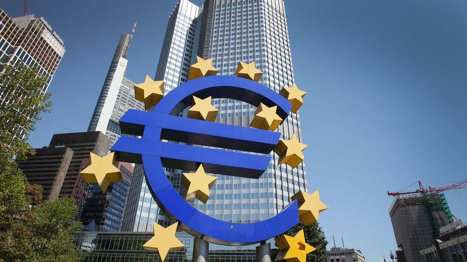 Hauptquartier der EZB in Frankfurt: Die Leitzinssenkung sorgt für ein Kursfeuerwerk