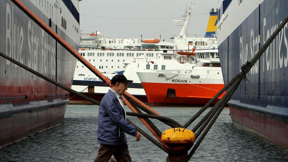 Hafen von Pireaus: In 2011 will Griechenland durch die Privatisierungen bis zu 5,5 Milliarden Euro einnehmen