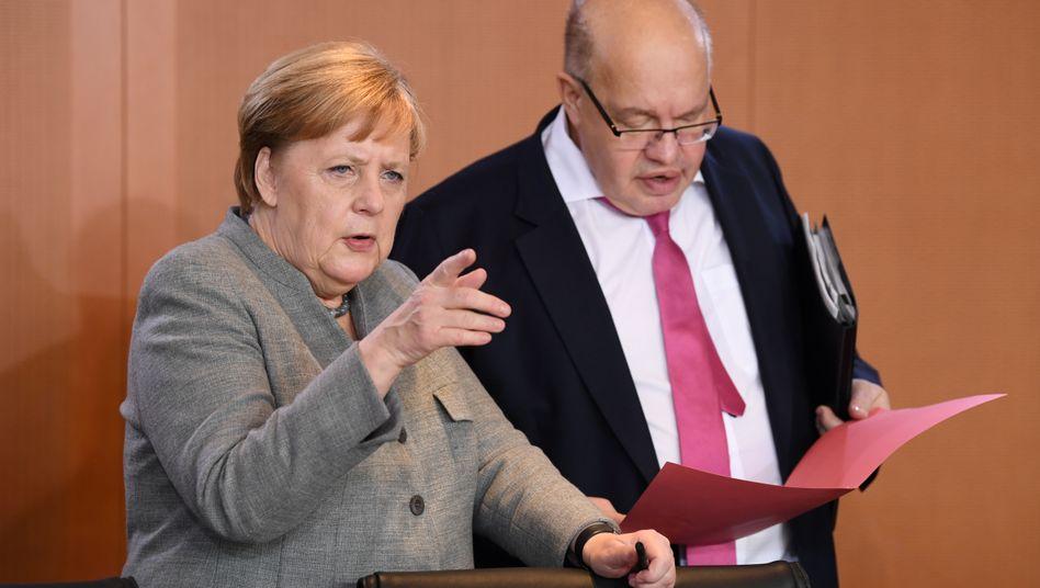 Altmaier, Merkel: Weitere Hilfen für Unternehmen - zusätzlich zum Konjunkturpaket