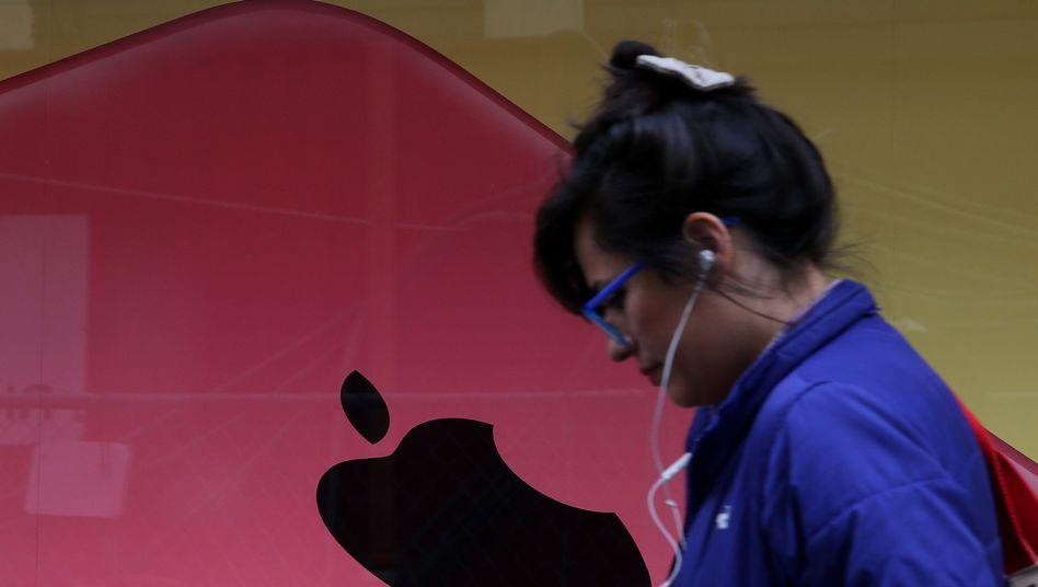 Apple-Nutzerin: Der größte Musikhändler der Welt passt sich an