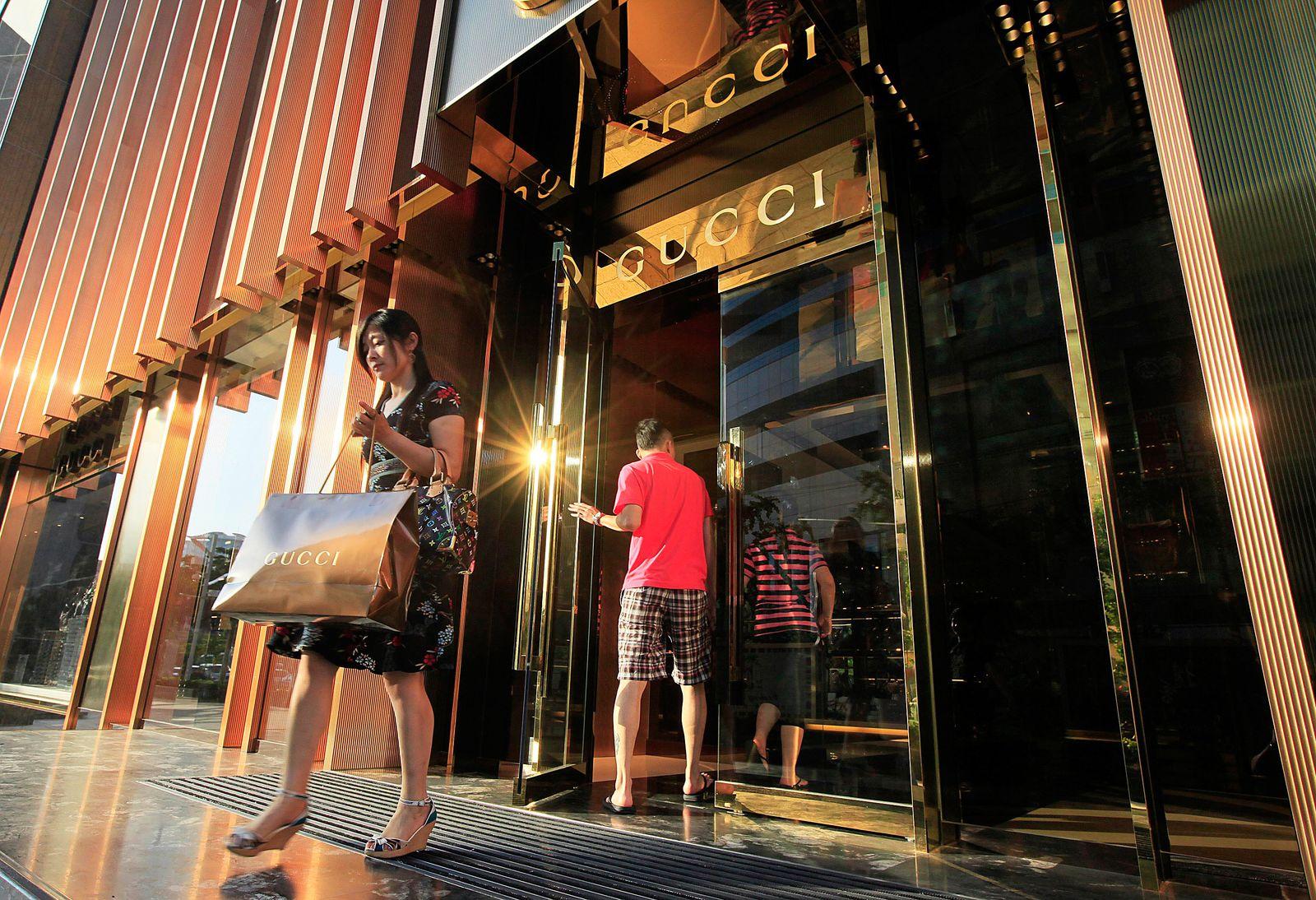 China / Reichtum / Geld / Vermögen / Wohlstand / Mittelstand / Gucci / Luxus