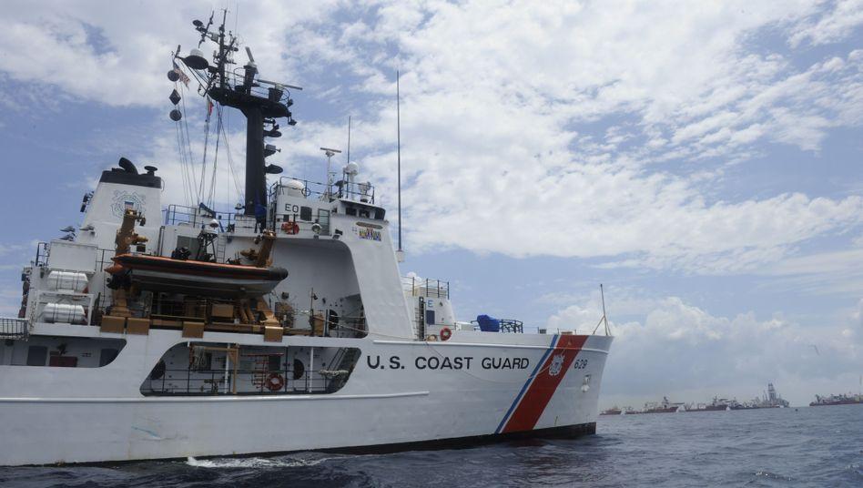 US-Küstenwachenschiff Cutter Decisive (im August): Ausrücken zum Noteinsatz