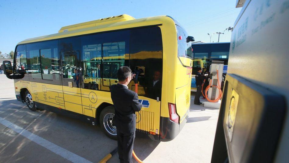 Elektrobus: In China haben sich offenbar viele Firmen der Elektroauto-Industrie Subventionen in Millionenhöhe erschlichen