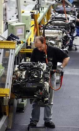 Deutsches Knowhow gefragt: Die hiesige Automobilindustrie könnte mit Hongkong ins Geschäft kommen - etwa bei der Frage optimaler Produktionsabläufe oder der Entwicklung schadstoffarmer Motoren.