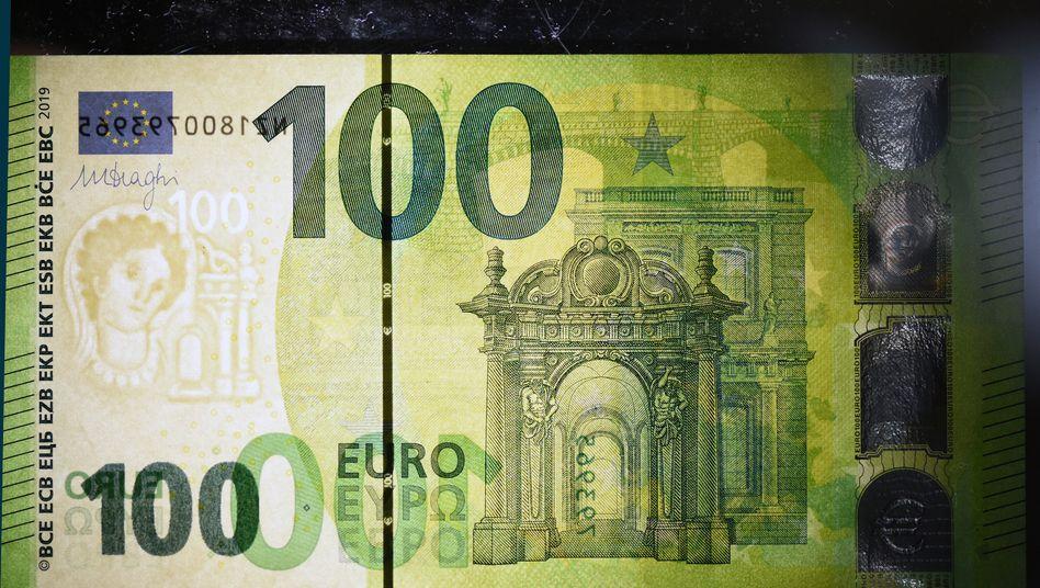 Der neue 100-Euro-Schein: Neue Sicherheitsmerkmale sollen die Banknote sicherer machen