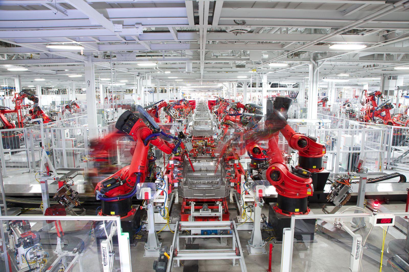 Tesla Produktion / Fremont Factory