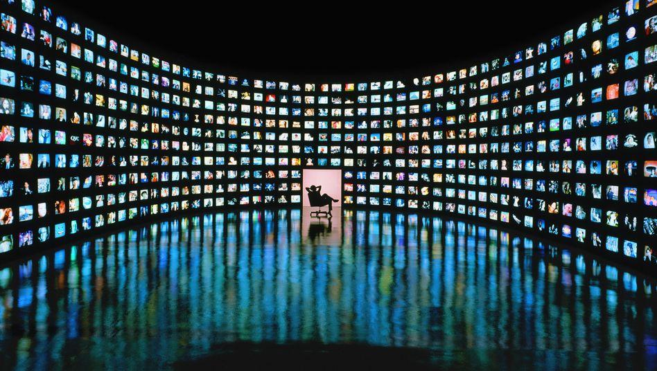 Flimmernde Bilder, flimmernde Hoffnungen: Immobilienfernsehen ist in Großbritannien weit verbreitet - hierzulande kaum