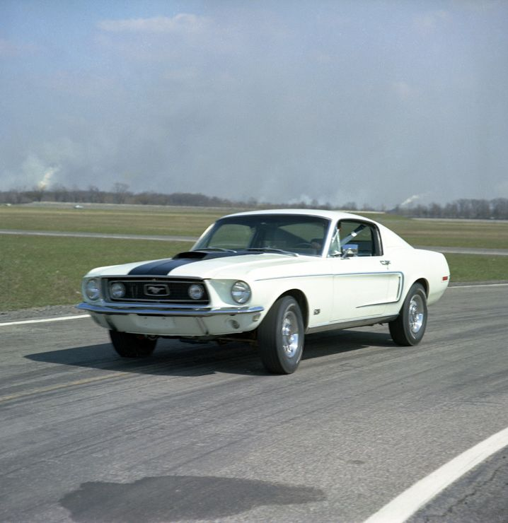 Ford Mustang: Muscle Car