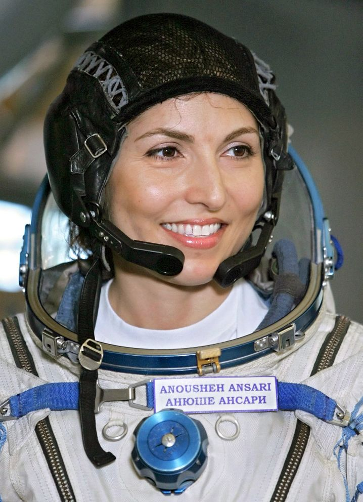 Weltraumtouristin Anousheh Ansari beim Training in Russland (2006)