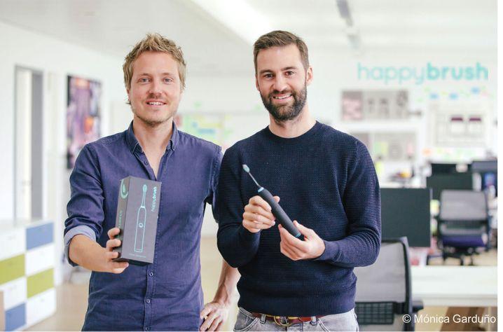 Die Happybrush-Gründer Stefan Walter (l.) und Florian Kiener (r.)