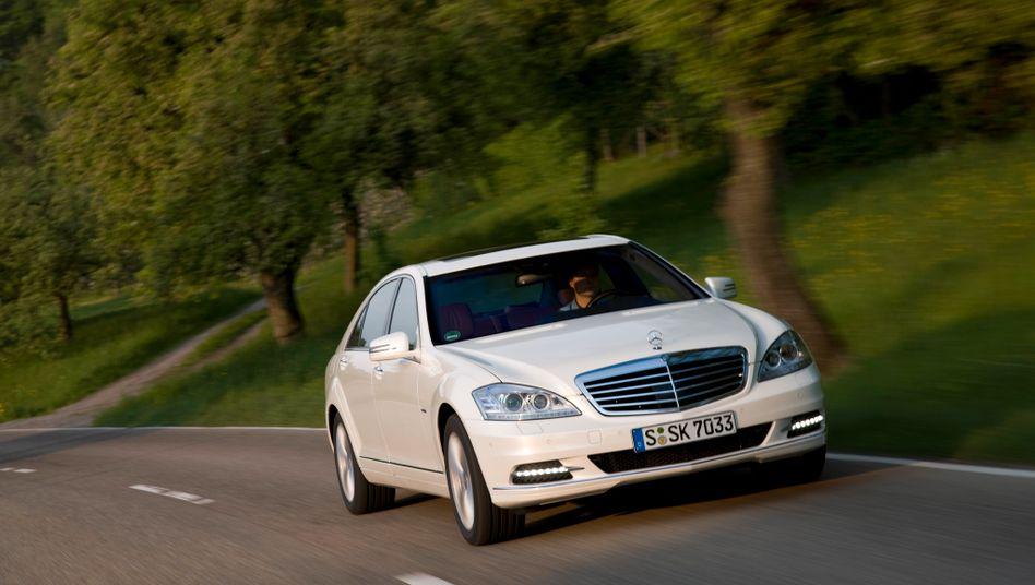 Mercedes S-Klasse Hybrid: Aktien von Daimler gelten bei vielen Analysten als unterbewertet