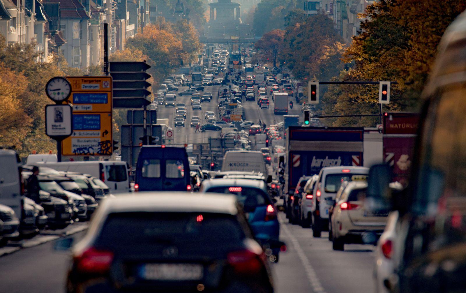 Diesel / Verkehr / Straße