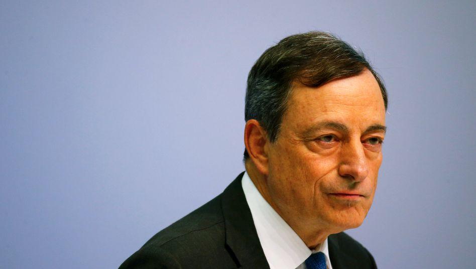 EZB-Chef Draghi: Weitere Schritte im Kampf gegen Deflation