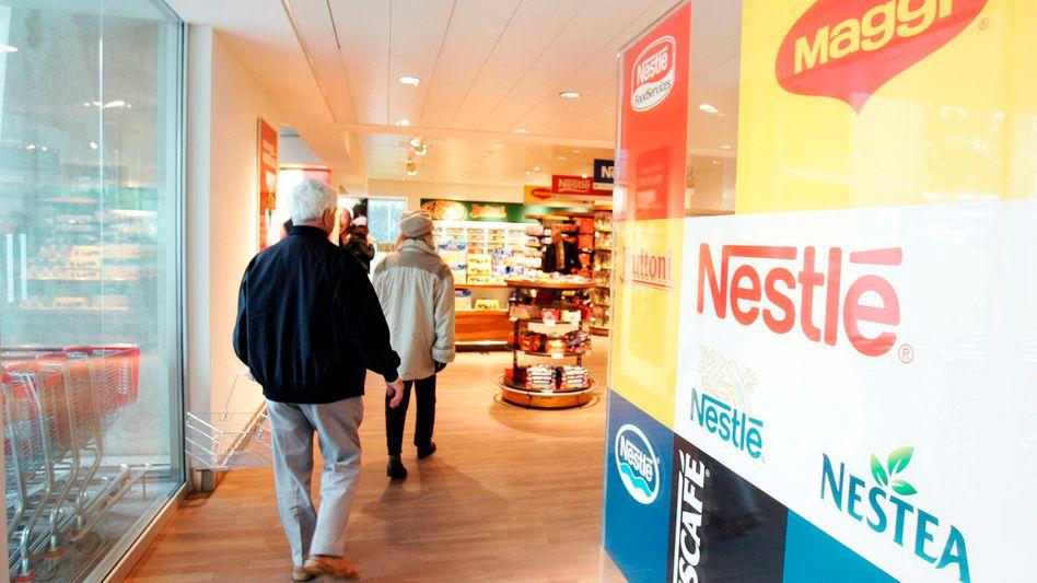 Nestlé-Produkte finden sich künftig wieder in den Regalen von Edeka und Co.