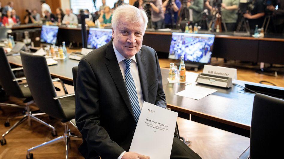 Ein Mann und sein Masterplan: Horst Seehofer verärgert die Koalition