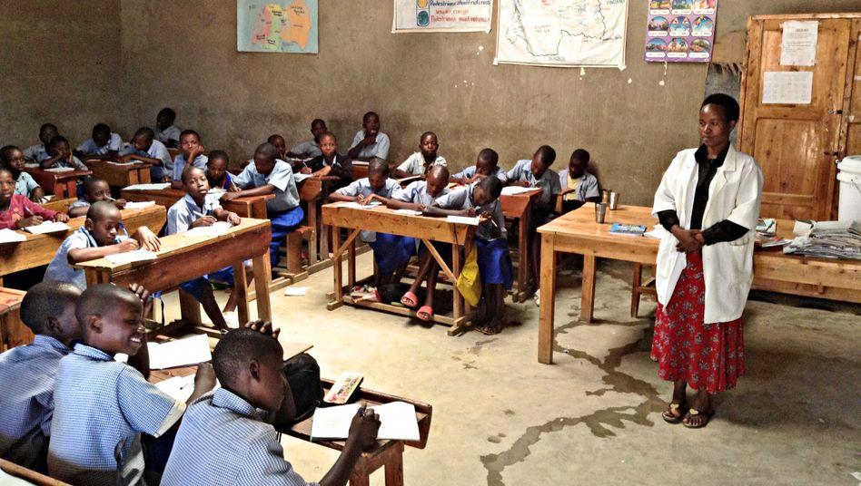 Englischunterricht in Ruanda: Gefördert von Jeffrey Sachs.