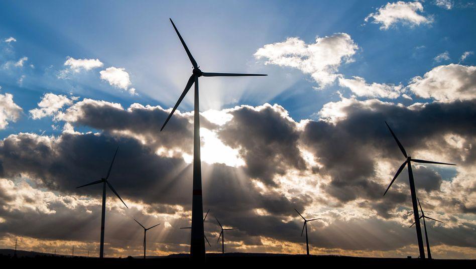 Windenergie: Firmen mit einem besonders hohen Stromverbrauch zahlen kaum Ökostrom-Umlage - für die EU-Wettbewerbshüter ist das unzulässig