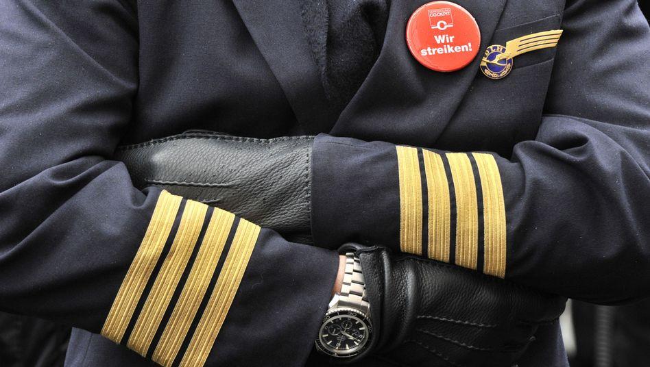 Streik: Die Ahs und Ohs der Verehrung sind den meist männlichen Piloten der Lufthansa wohl zu Kopf gestiegen