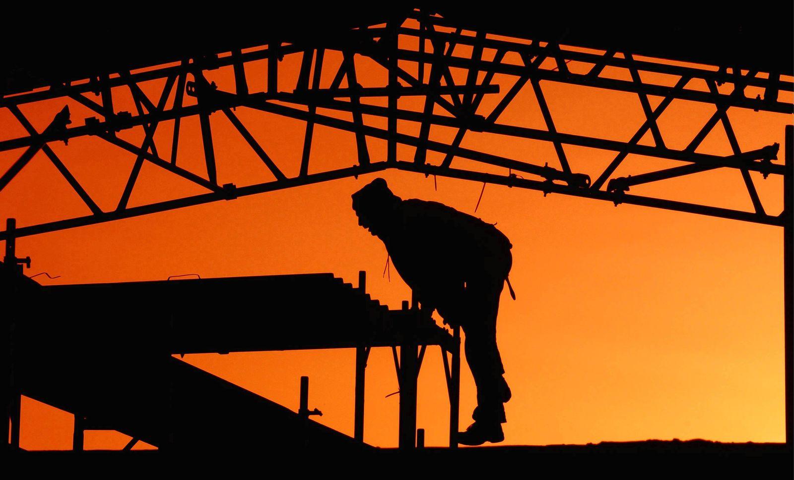 NICHT VERWENDEN Bau sonnenaufgang vollbeschäftigung