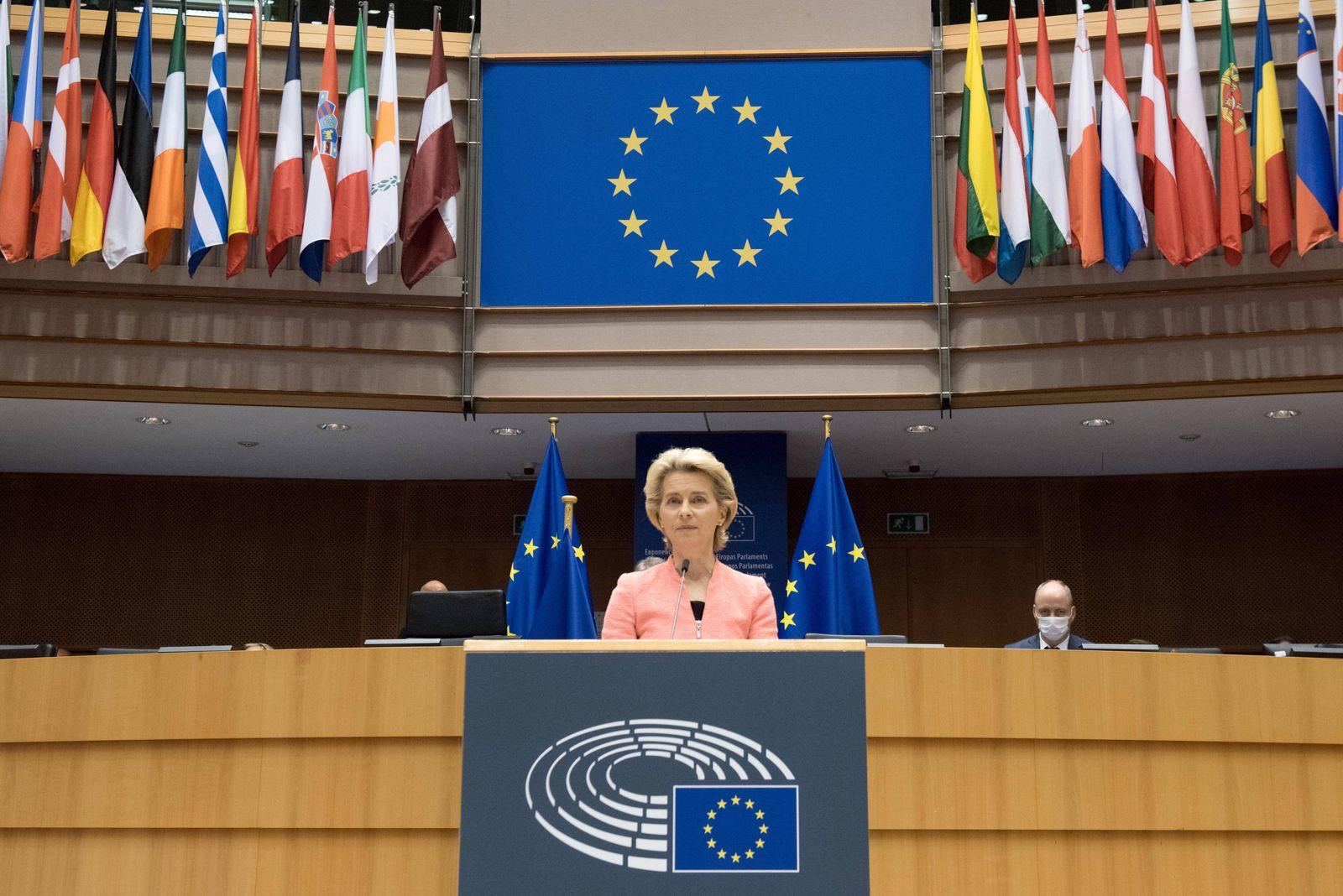 (200916) -- BRUSSELS, Sept. 16, 2020 -- European Commission President Ursula von der Leyen delivers her first State of U