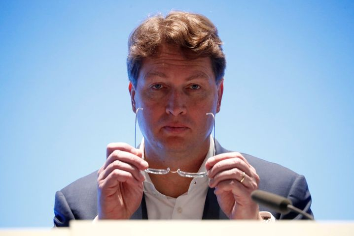 Kurskorrektur: Daimler-Chef Ola Källeniusverschärft den Sparkurs.