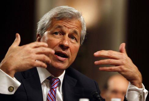 """JP Morgan Chef Jamie Dimon: """"Wir wollen, dass es die Leute nehmen"""""""