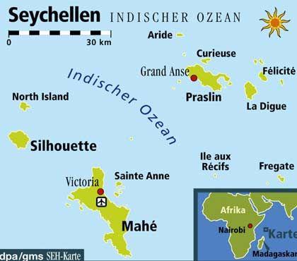 Die Seychellen liegen auf der Höhe von Kenia östlich von Afrika. Die Inselgruppe im Indischen Ozean umfasst mehr als 100 bewohnte und unbewohnte Eilande. Die größte Insel mit der Hauptstadt Victoria ist Mahé
