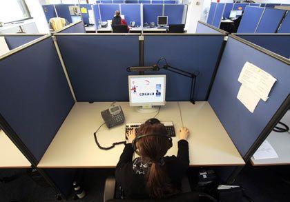 Beschwerde-Hotlines für Mitarbeiter: In amerikanischen Unternehmen das Mittel der Wahl, in Deutschland hingegen weniger beliebt