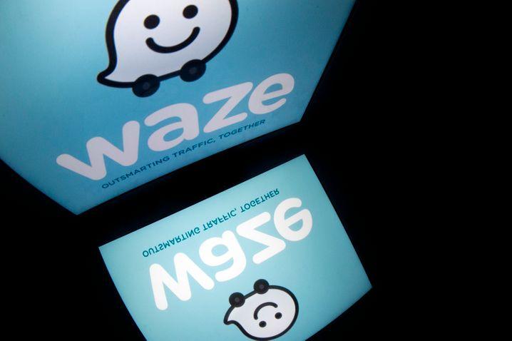 Google greift über die Navigations-App Waze den Fahrdienstvermittler Uber in San Francisco an - quasi in seinem Wohnzimmer