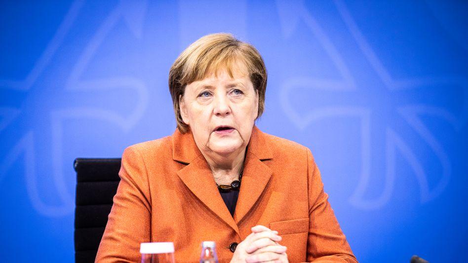 Harter Lockdown ab Mittwoch: Kanzlerin Merkel am Sonntag in Berlin