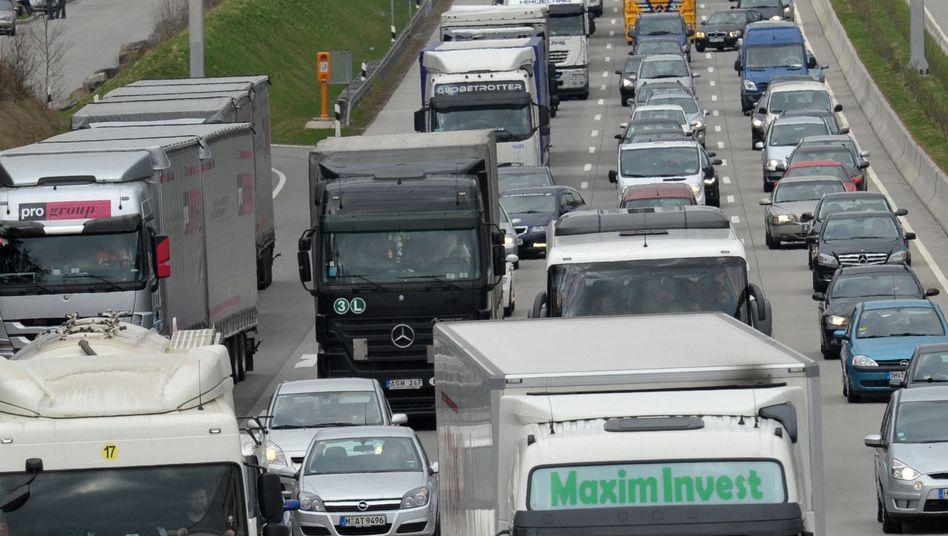 Auf die Überholspur gewechselt: Lkw-Hersteller verbuchen mehr Orders