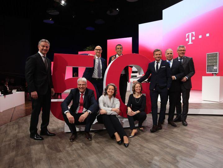 Der Dax-30-Konzern mit der besten Bewertung im Gender-Diversity-Ranking: Der Vorstand der Deutschen Telekom - dem allerdings auch nur zwei Frauen angehören.
