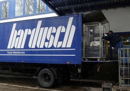 Im Dutzend billiger: Pro Tag werden 65 Tonnen Wäsche gereinigt